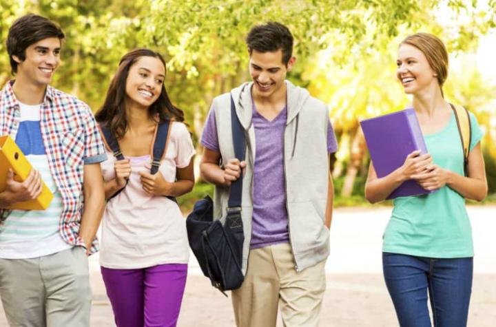 La educación bilingüe fomenta el sentido de comunidad mundial