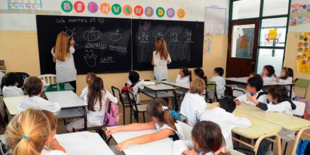 Analizan cambiar el horario de ingreso a las escuelas