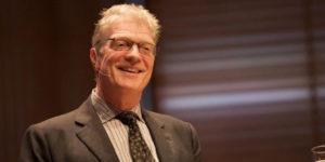 Ken Robinson murió a los 70 años tras enfrentar un cáncer. Foto: Sebastiaan ter Burg / flickr