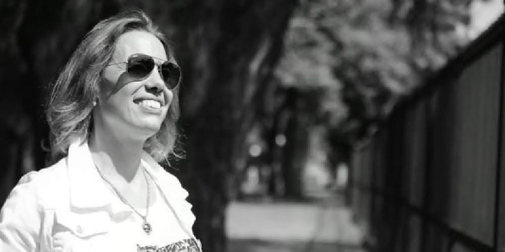 """Silvina Fernandes, neurosicoeducadora, Life Coach y autora del libro """"Educación en Positivo""""."""